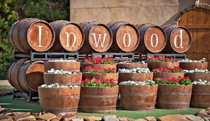 Inwood-Estates-Winery-and-Bistro-1